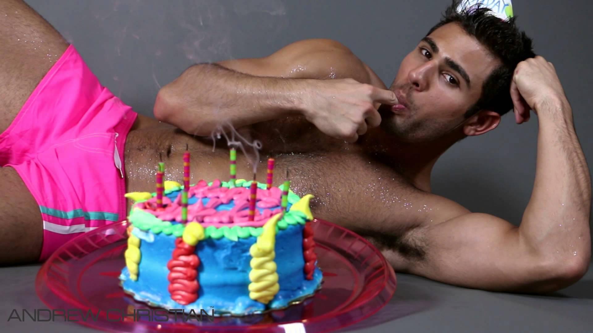 Картинка Обнаженного Мужчины С Днем Рождения