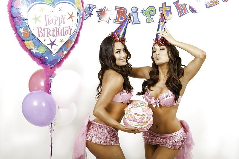 Открытки с обнаженными девушками с днем рождения, дату